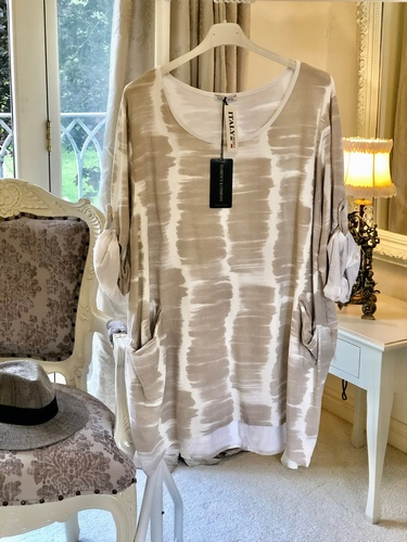 Blurred Lines Tunic Pale Stone